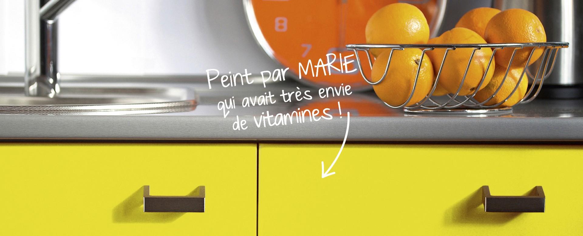 Peinture cuisine meubles jaunes