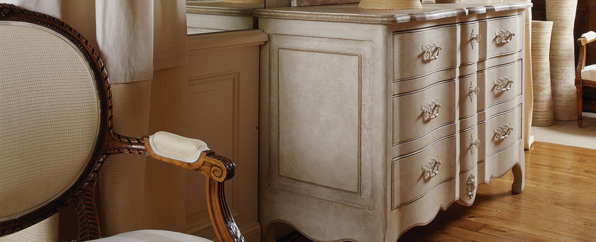 Peinture lasure bois syntilor produit d 39 entretien for Huiler un meuble