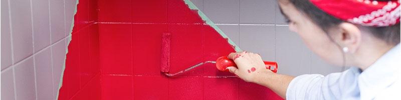 Étape: peindre les surfaces de la cuisine à rénover