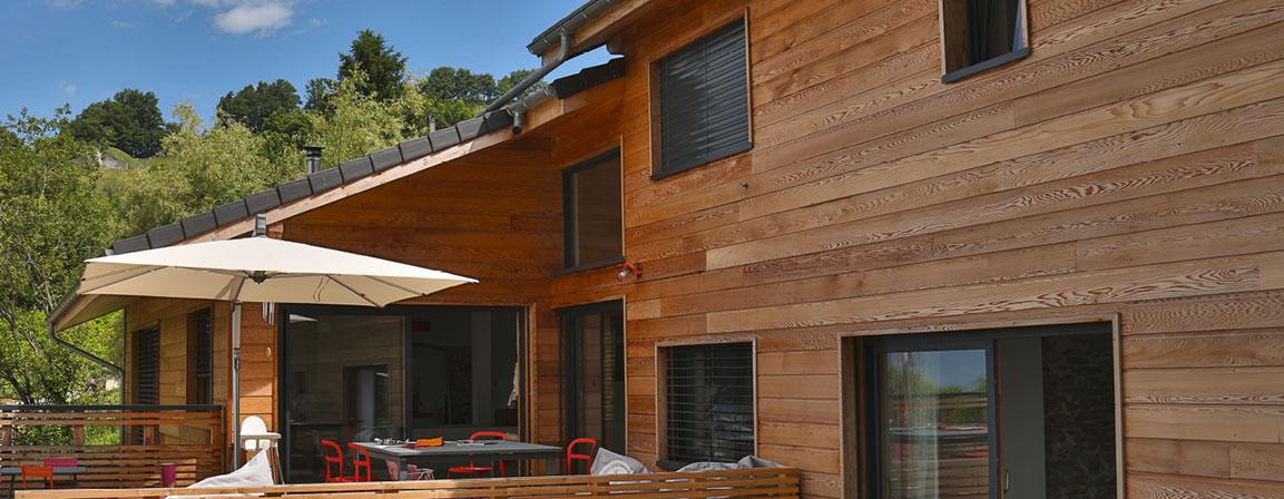 image bois bardage maison extérieur